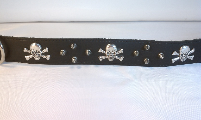 Skull Concho with Spikes