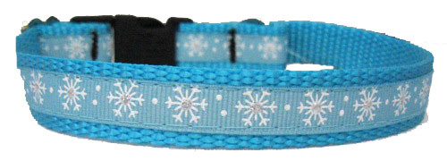 Small Snowflakes White and Turquoise